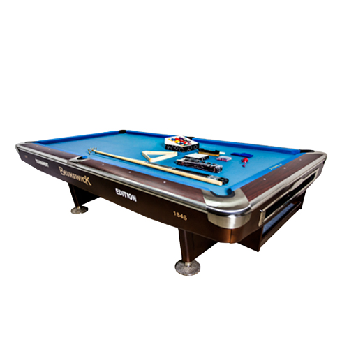 POOL TABLE 9 FEET